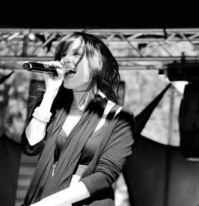 Jessica Kinnear - Female Singer
