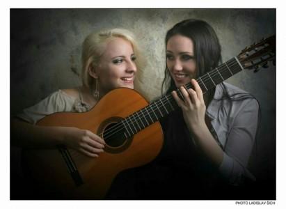Dominika Svendova - Classical / Spanish Guitarist