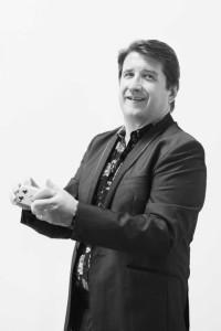 Colin Dymond Magician - Close-up Magician