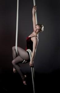 Kate Nelson - Aerialist / Acrobat