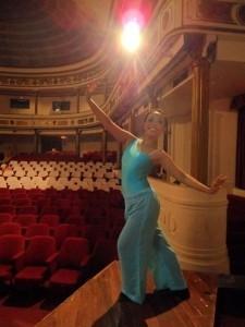 Novita Liling - Female Dancer