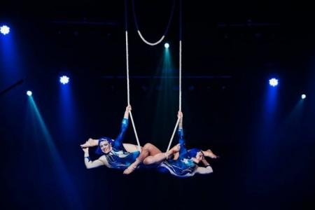 Nicole Burgio - Aerialist / Acrobat