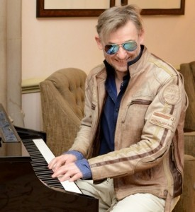 CONTEMPORARY PIANIST - Pianist / Keyboardist