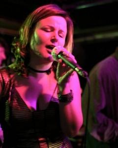Maggie Crossett - Female Singer