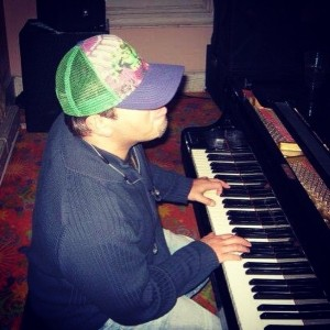 Kyri Anastasiou - Pianist / Keyboardist