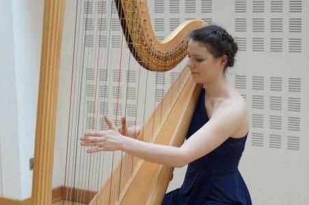 Steaph Chaimbeul - Harpist