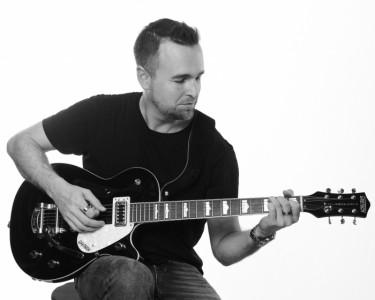 Jay Simmons - Male Singer