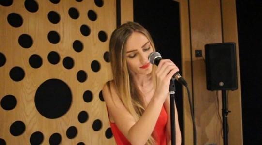 Ruby - Female Singer
