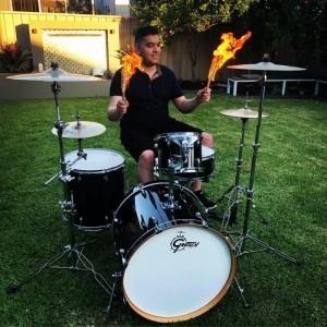 Mustii - Drummer