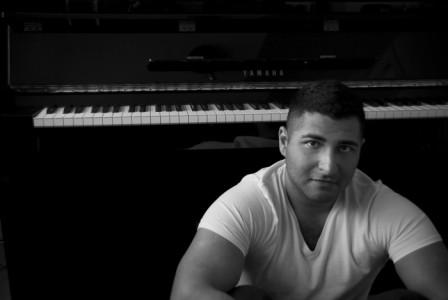 Jamsheed Master - Pianist / Keyboardist