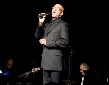 Mark Cassius - Male Singer