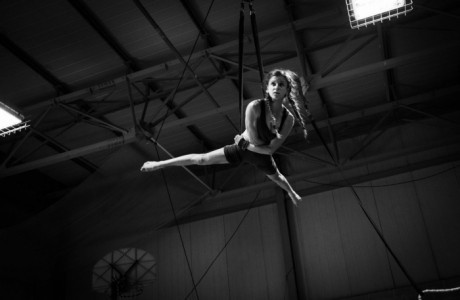 Caterina Pio (various acts available) - Aerialist / Acrobat