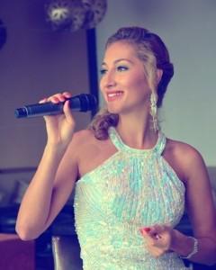 Alyona Divas - Female Singer