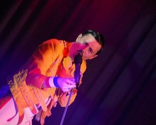 Dean Richardson as Freddie Mercury - Freddie Mercury Tribute Act