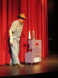 Rusty Pliers, Comedy Magician Ventriloquist - Children's / Kid's Magician