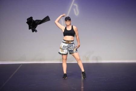 Summer Howe - Female Dancer