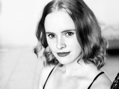 Dani Kemp - Female Singer