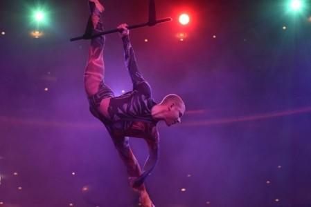 Flexible power - Aerialist / Acrobat