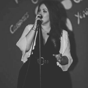 Beth Thomas  - Female Singer