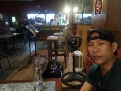 Mojitos Amon Solo Acoustic Artist - Acoustic Guitarist / Vocalist