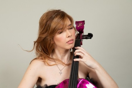 Jela Cello - Cellist