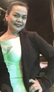 Beth - Female Singer