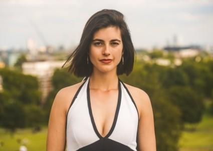 Elvira Hatzinasiou - Female Singer