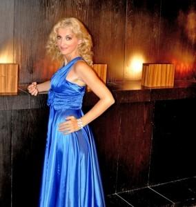 Gala Reshetar Singer - Female Singer