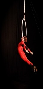 Stephanie Andrews - Aerialist / Acrobat