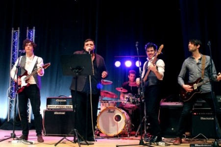 Live Lines Entertainment - Function / Party Band