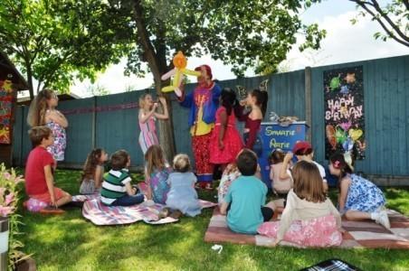 Smartie Artie - Children's / Kid's Magician