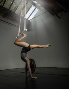 Leah the acrobat - Aerialist / Acrobat