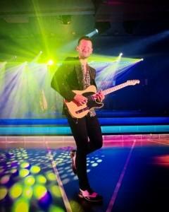 Stevie Bor - Male Singer
