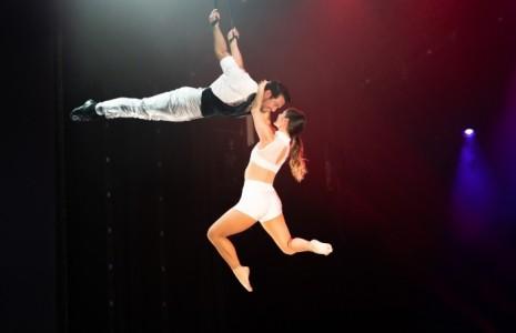 Duo Bravo - Aerialist / Acrobat