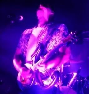 Jolan  - Guitar Singer