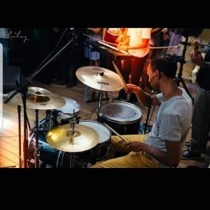 Manu Dorlin - Drummer