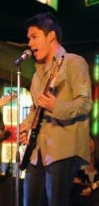 Nico Evangelista - Acoustic Guitarist / Vocalist