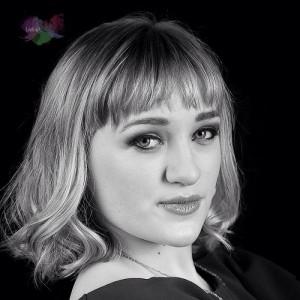 Sophie Louise - Singer/Songwriter image
