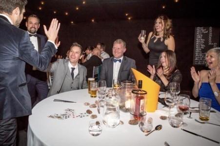 Mathew Youngs - Wedding Magician