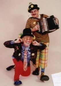 Razz the clown & Aunty Pearl - Clown