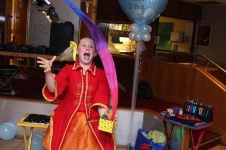 Fizz Whizz Pop Magic & Entertainment - Children's / Kid's Magician