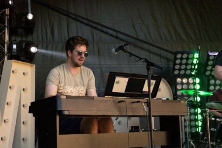 Seb Marlow - Pianist / Keyboardist