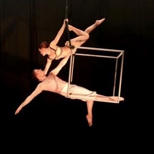 Duo Synergy  - Aerialist / Acrobat