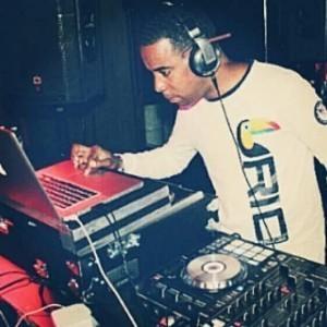 Gregory Banks aka DJ Life - Party DJ