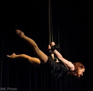 Elsa Hall - Aerialist / Acrobat