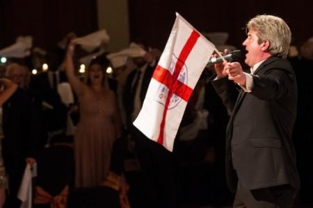 SPORT'S WINNING TENOR MARTIN TOAL - Opera Singer