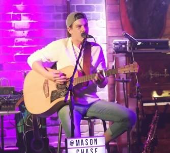 Mason Chase - Guitar Singer