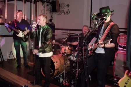 Blood on blood - 80s Tribute Band