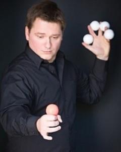 Robert Tarry - Comedy Cabaret Magician