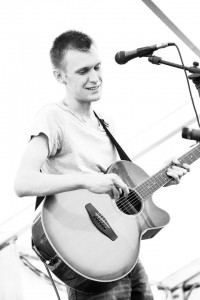 Carl Fryer - Guitar Singer